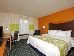 Business hotels in Naperville