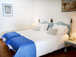 Cadaques hotels with sea view
