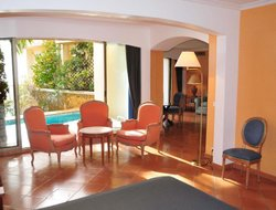 Roquebrune-Cap-Martin hotels with swimming pool