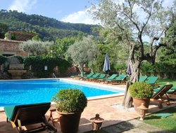 Valldemossa hotels with restaurants