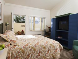 Sonoma hotels with restaurants