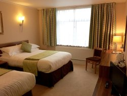 Stockport hotels with restaurants
