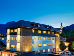 Ruhpolding hotels with swimming pool