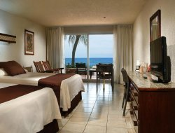 Mazatlan hotels for families with children