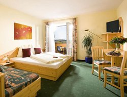 Top-5 romantic Loipersdorf hotels