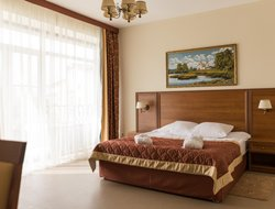 Yaroslavl hotels with swimming pool