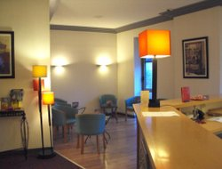 Chateauroux hotels with restaurants