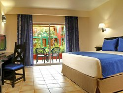 Puerto Morelos hotels for families with children