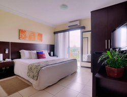 Macae hotels with swimming pool