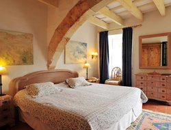 Top-3 hotels in the center of Sant Lluis