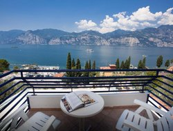 Malcesine hotels with lake view