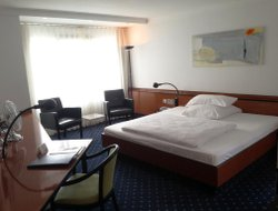 Ulm hotels with restaurants