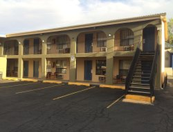 Pets-friendly hotels in Ruidoso Downs