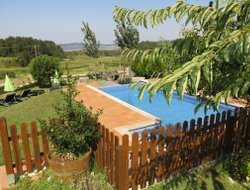 San Esteban hotels with swimming pool