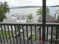 Weirs Beach hotels with lake view