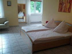 Pets-friendly hotels in Sarstedt