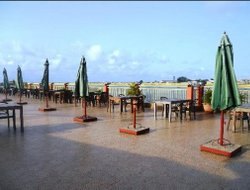 Benin hotels with swimming pool