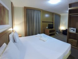 Uberlandia hotels with restaurants