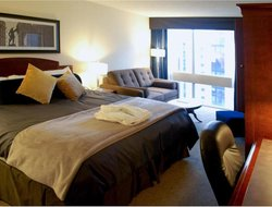 Pets-friendly hotels in Longueuil