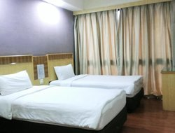 Bintulu hotels with restaurants