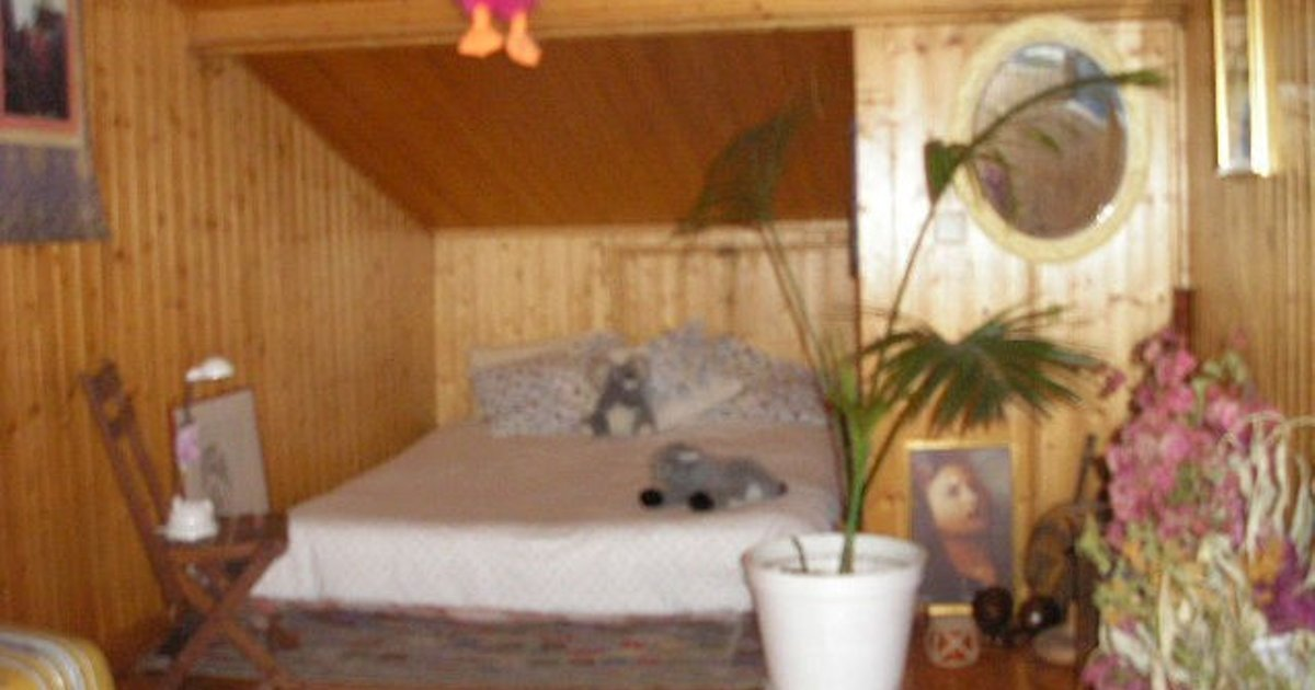 Attic coated in wood - Double Bed