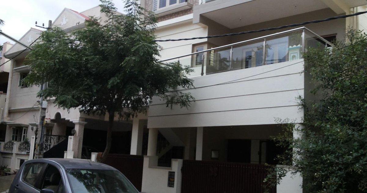 Independent 3 room house:Bangalore