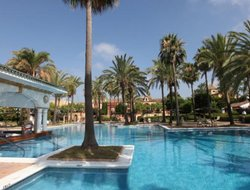 Sotogrande hotels with restaurants
