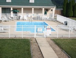 Verona hotels with swimming pool