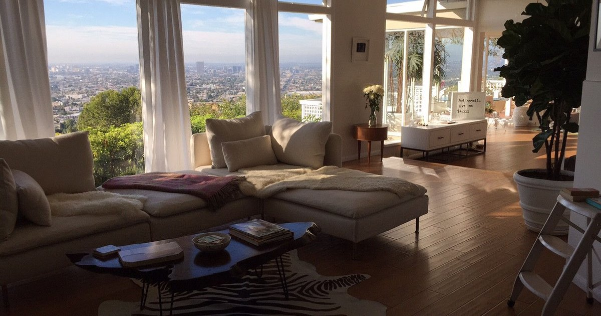 True LA living with Epic Views