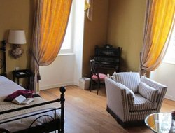 Pets-friendly hotels in Grignan