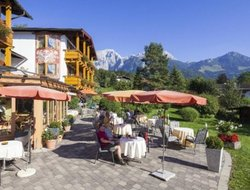 Schoenau am Koenigssee hotels with restaurants