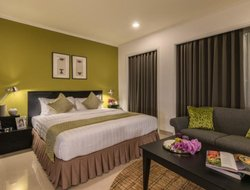 Vientiane hotels with swimming pool