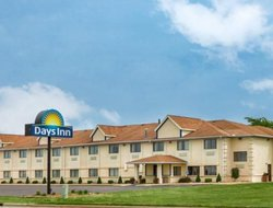 Benton Harbor hotels for families with children