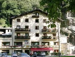 Top-3 hotels in the center of Pianazzola
