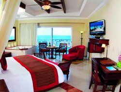 Cancun hotels with sea view