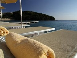 Sivota hotels with restaurants
