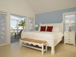Pets-friendly hotels in Key Colony Beach