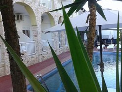 Kriopigi hotels with swimming pool
