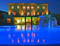 Bagno Vignoni hotels with restaurants