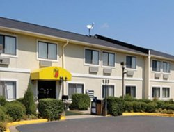Pets-friendly hotels in Jonesboro