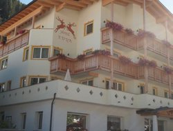Selva di Val Gardena hotels with restaurants
