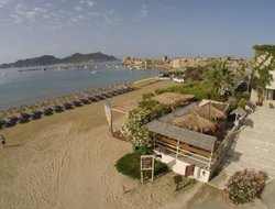 Pets-friendly hotels in Methoni