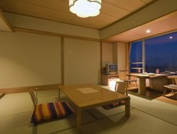 Kawazu-ikadaba hotels with restaurants