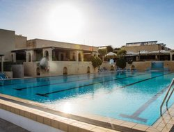 Mellieha hotels with swimming pool