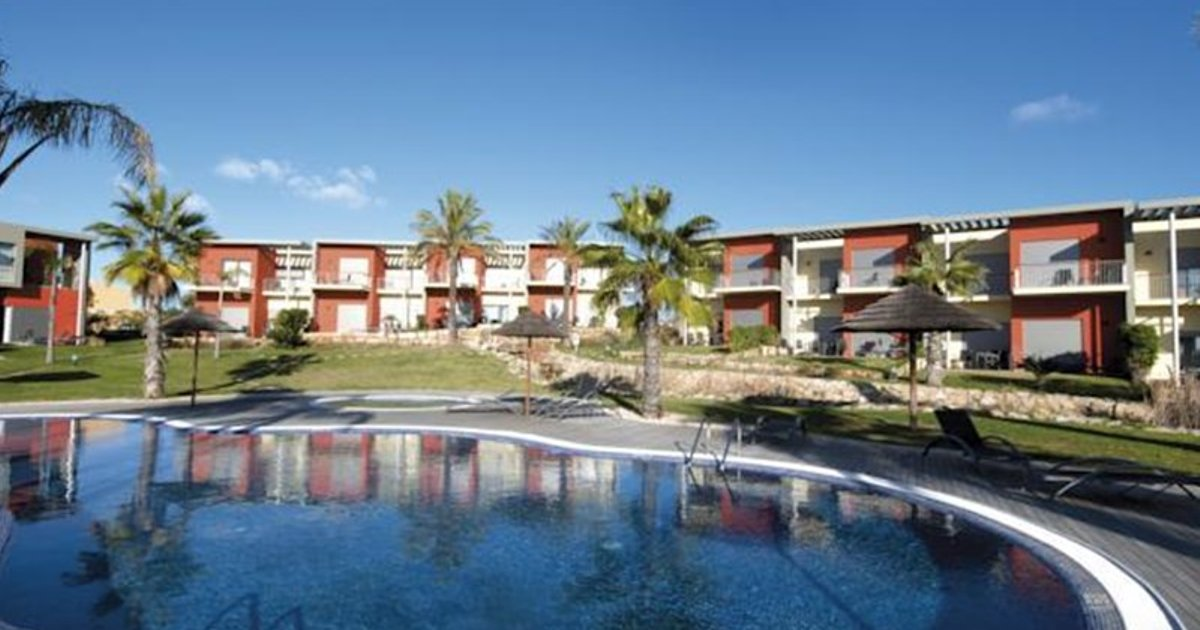 Sunset Village - Villas & Apartment