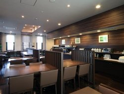 Marugame hotels with restaurants