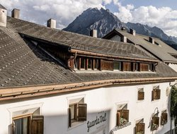 Scuol hotels with swimming pool