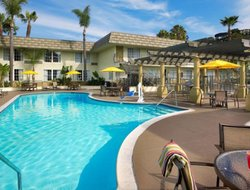 San Diego hotels with swimming pool
