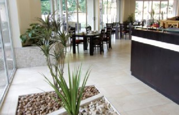фото Cresta Lodge Hotel 487742266