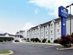Christiansburg hotels for families with children